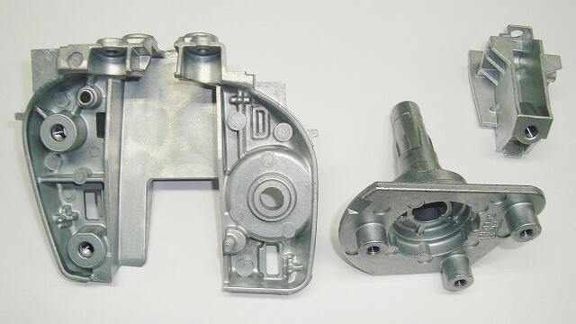 自動車部品(亜鉛品)の加工